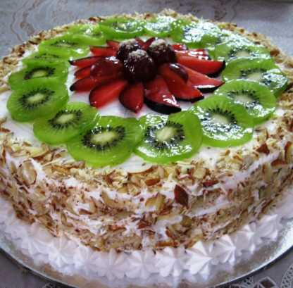 Fresh Fruit Almond Cake (2 Kg)