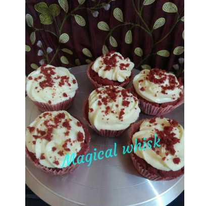 Red Velvet Cream Chesses Cup Cake