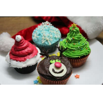 Christmas Special Cupcakes (12 Pcs)