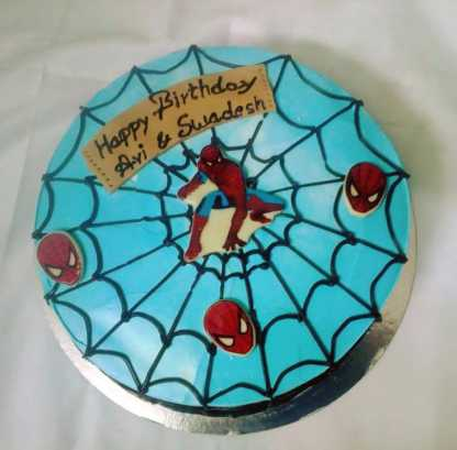 Spiderman Thyme Cake